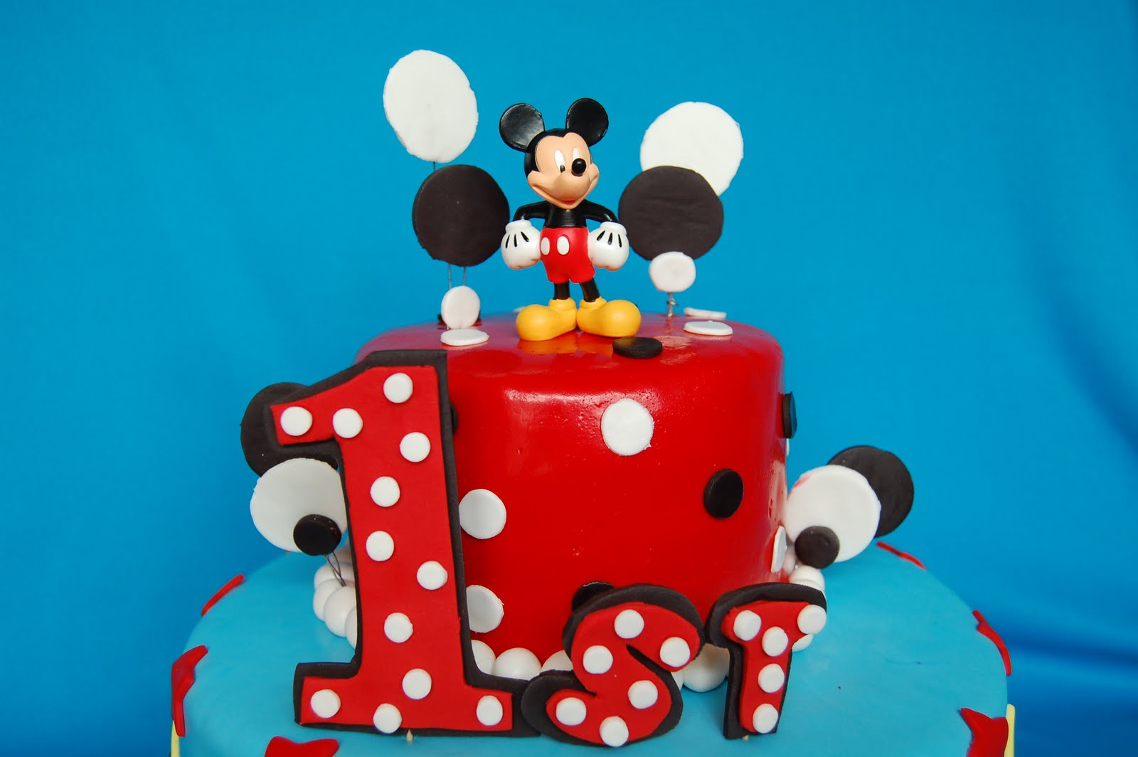 Magnificent Mickey Mouse Cakes Picture Mickey Mouse Cakes Wallpaper Funny Birthday Cards Online Benoljebrpdamsfinfo