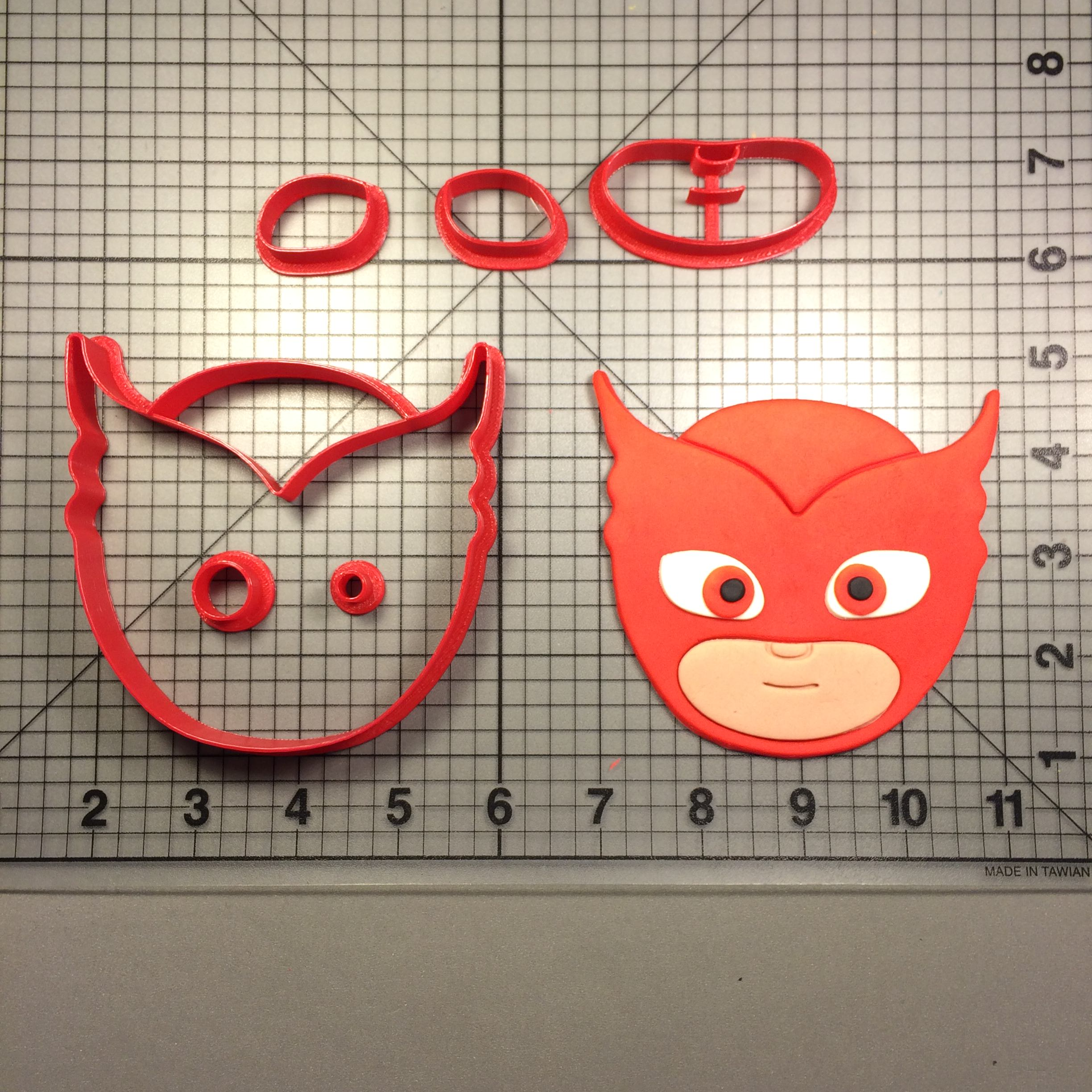 PJ-Masks-Owlette-Cookie-Cutter-Set
